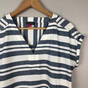 VINCE CAMUTO Striped Knit Blouse White Blue M